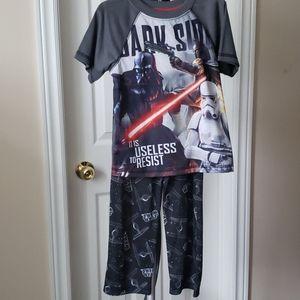NWOT Boy's pajamas set size 4/5